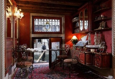 Locanda Orseolo - Venice   One of the most lovely hotels on the planet.: Favorite Places, Boutiques Hotels,  Eating Places, Beautiful Places, Orseolo Venice, Venice Italy, Charms Places, Italy Vacations, Lonely Planets