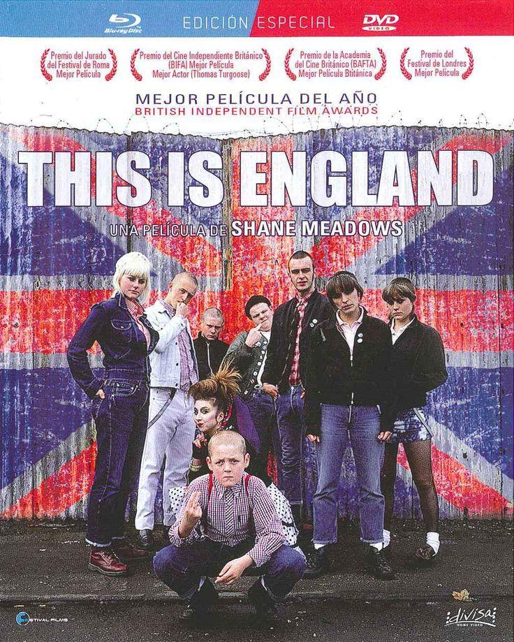 """""""This is England"""" (2006) Reino Unido, dirigida por Shane Meadows. Durante las vacaciones de verano de 1983, Shaun, un niño solitario cuyo padre ha muerto en la guerra de Las Malvinas, es adoptado por un grupo de cabezas rapadas (skinheads). Con sus nuevos amigos, Shaun descubre las fiestas, su primer amor y las botas Dr. Martins."""