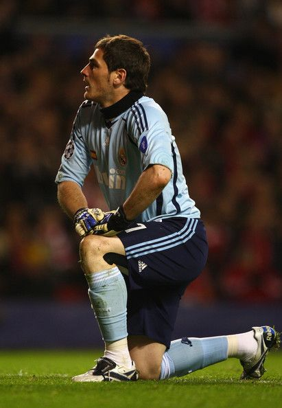 Iker Casillas Photos: Liverpool v Real Madrid - UEFA Champions League 2009