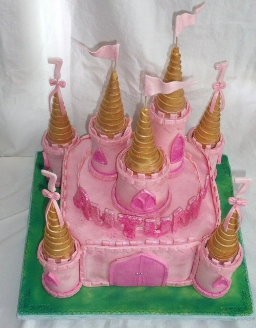 sleeping beauty party princess cake