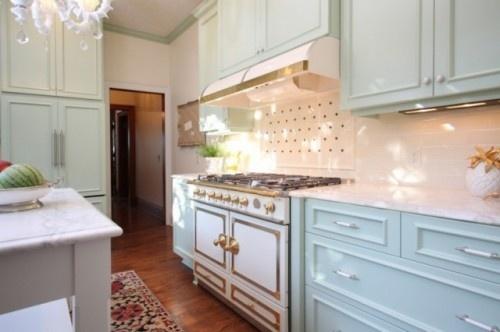 : Stove, The Cornue, Dreams Kitchens, Cabinets Colors, Interiors Design, Blue Kitchens, Lacornue, Kitchens Cabinets, White Kitchens