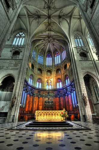 The Église Saint-Nizier (St. Nizier Church) is a Flamboyant Gothic church built during the 14th and 15th centuries. Located at the heart of the Presqu'île, this church was originally erected in memory of the early Christian martyrs of Lyon.