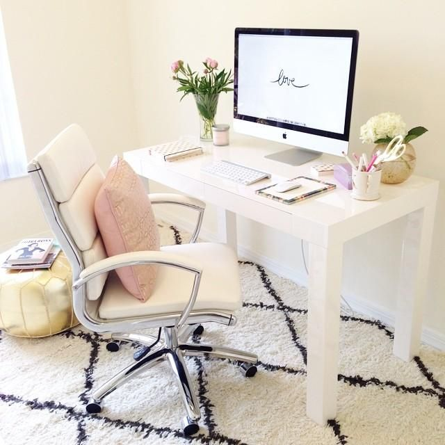 Cute & clutter free office space. This is what I want, except with more storage and a place for the printer