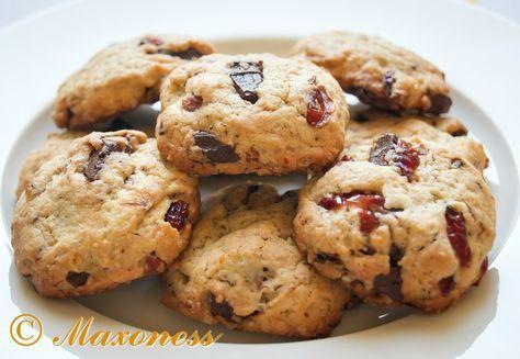Печенье с шоколадом, клюквой и апельсином