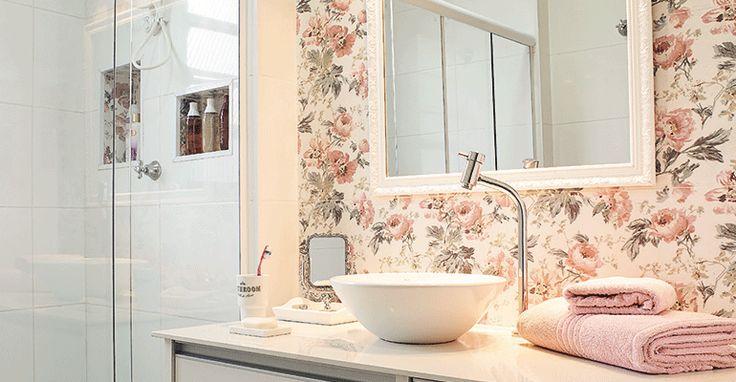 Revista MinhaCASA - Um banheiro romântico assim como a dona do pedaço