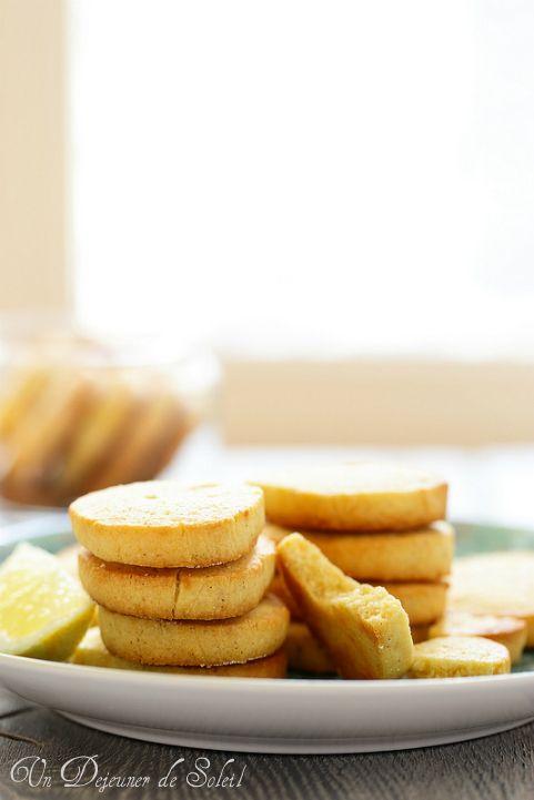 Un dejeuner de soleil: Sablés au citron (lemon meltaways)