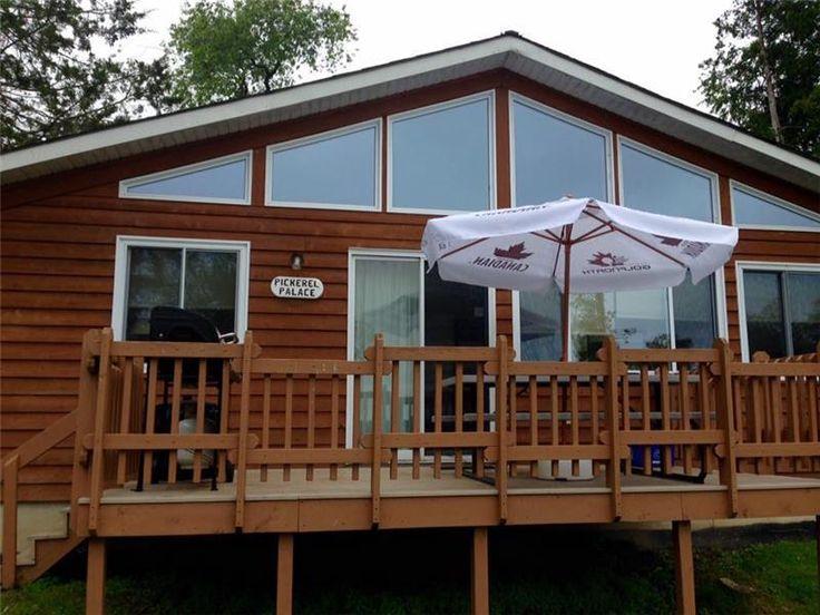 Mikey Big Fish Cottage-3 bedroom - Picton Cottage Rental | GL-20585 | CottagesInCanada