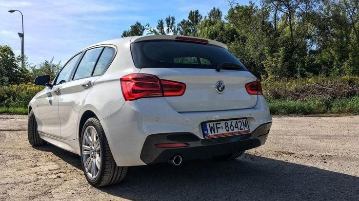 BMW serii 1 F20, to najmniejsze konwencjonalne auto oferowane przez bawarską markę. Mimo, że jest najmłodszy z rodziny nie odstaje od swoich starszych braci