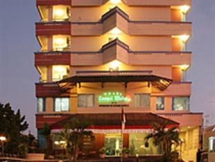 Losari Metro Hotel Makassar - http://indonesiamegatravel.com/losari-metro-hotel-makassar/