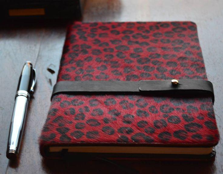 """Handmade Pony skin diary by guardarropa #handmade #oversizesweater #sneakers #newbalance #guardarroπa #guardarropa #fashionista #fashion #fashioblogger…"""