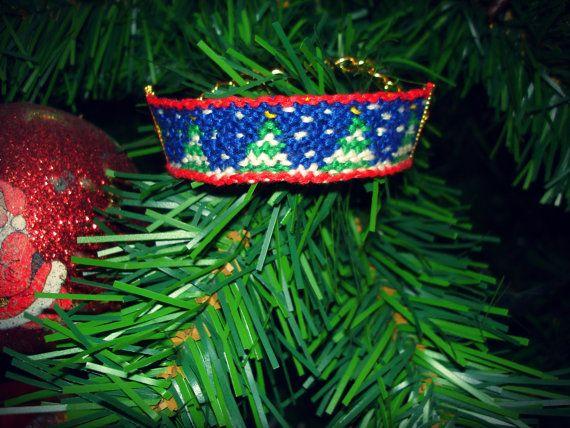 handmade christmas tree bracelet!! Merry Christmas :)
