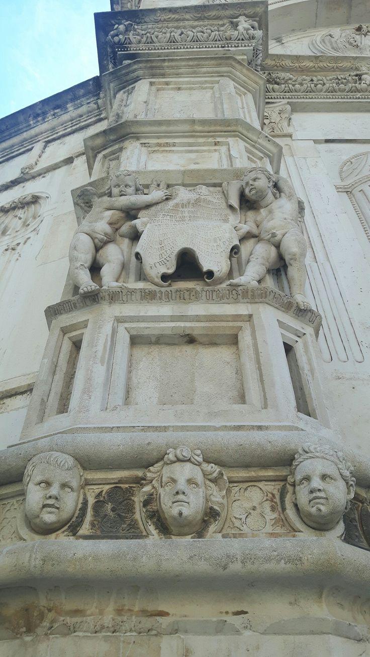 Dettaglio della Cattedrale di San Giacomo a Sebenico
