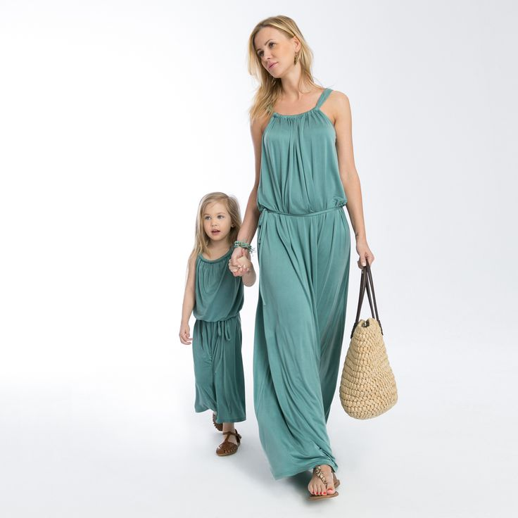 Freddo dress - chick and extravagance #mommyandme #matchingoutfits