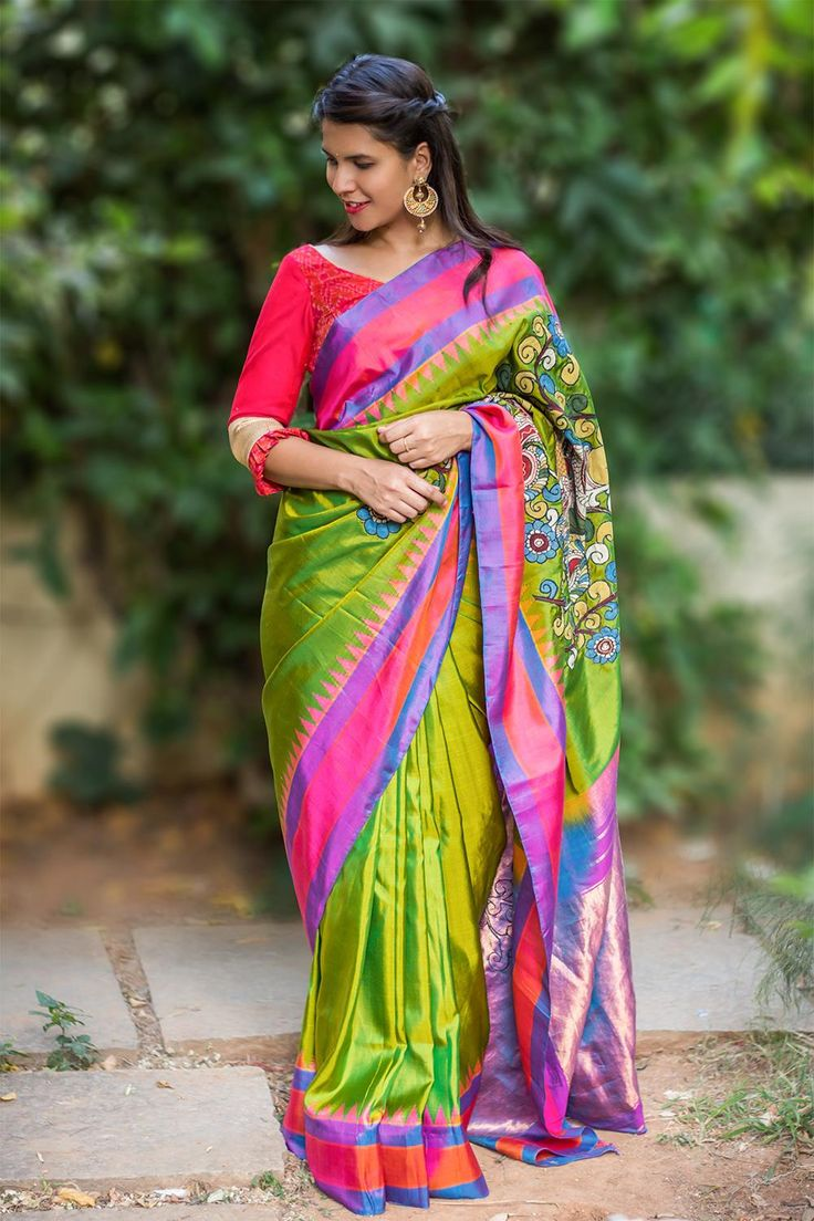 Double shaded green pure Gadwal silk saree with Kalamkari appliques #saree #blouse #houseofblouse #indian #bollywood #style #ethnic #green #pink #purple #gadwal #pure #silk #kalamkari #applique