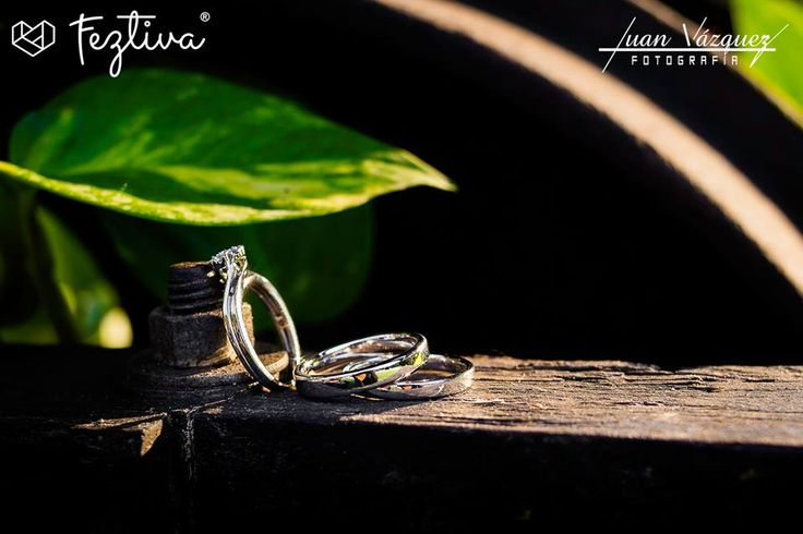 Boda Libni Alcocer & José Miguel Escamilla  Fotografía: Juan Vázquez Fotografía  Anillos de los novios: Segura Torres J D  #wedding #boda #wedidngrings #anillosdeboda #weddingday #Merida #Yucatan #Mexico