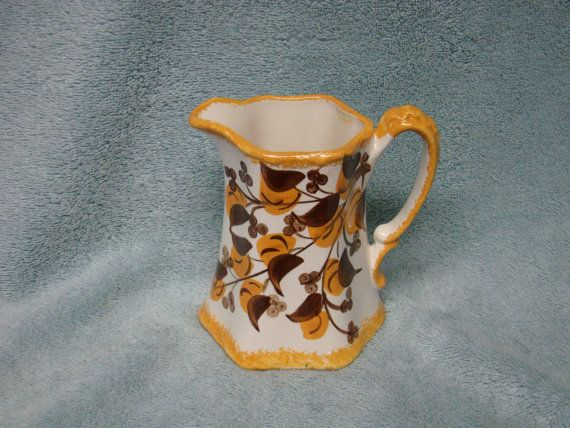 CASH FAMILY Hand Painted 5 inch PITCHER: Cash Families, Hands Paintings, Paintings Pitchers, Inch Pitchers, Families Hands, Clinchfield Artwar, Minor Craze, Artwar Pottery, Handpaint