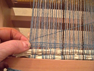 Willington Weaver - teaches new weavers how to keep the selvedges from pulling in plus other useful tips.