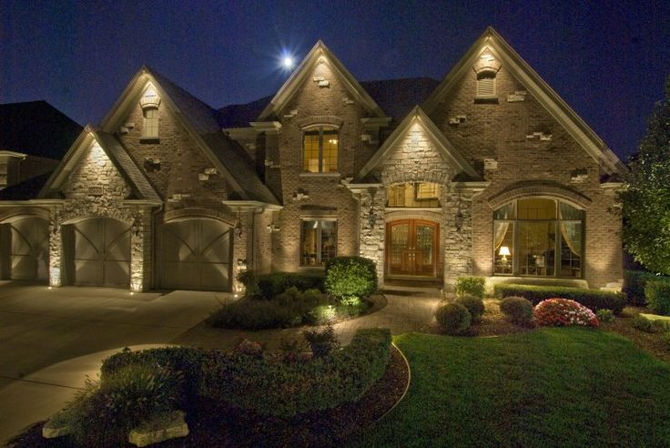 House down lighting outdoor accents lighting home home Exterior accent lighting for home