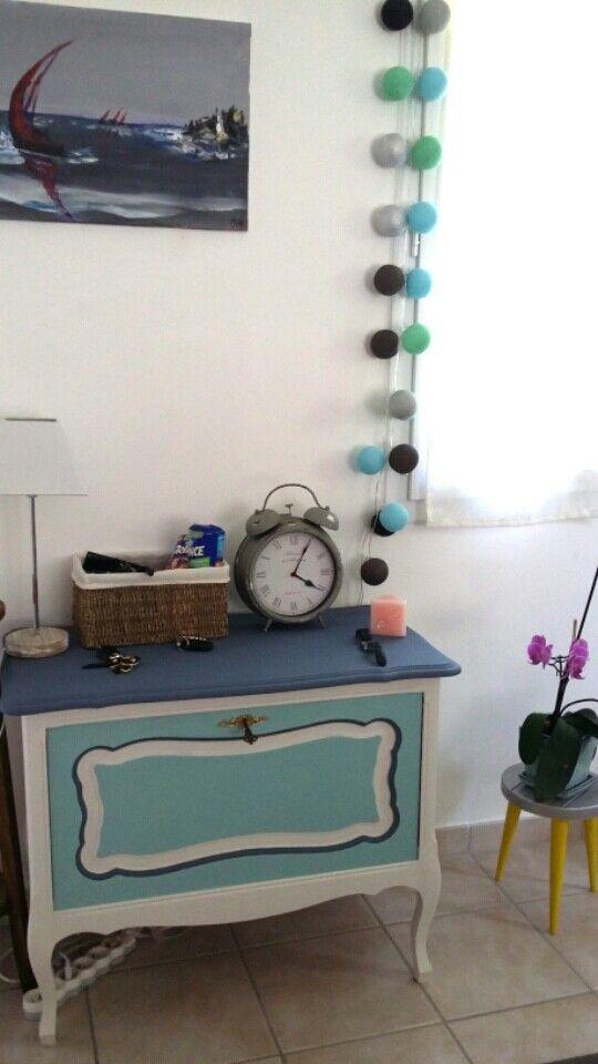 Rénovation meuble bar- peinture - Guirlande boules lumineuses - horloge vintage