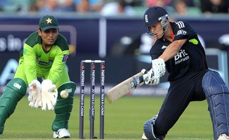 Watch Pakistan vs England Live Streaming cwc15 details, Pak vs ENg PTV Sports live streaming scorecard details, TV Channels broadcasting ICC Cricket Pakistan vs England match live Star Sports and Ten Sports. England vs Pakistan live cricket streaming details World Cup 2015 #CWC15.