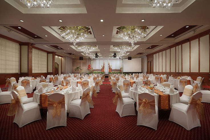 We could provide your company to have meeting full with inspiration and memorable experience in our meeting rooms. Please check our website for more detail and we will welcoming you with pleasure #ayodyaresortbali #meeting #mice #bali #nusadua