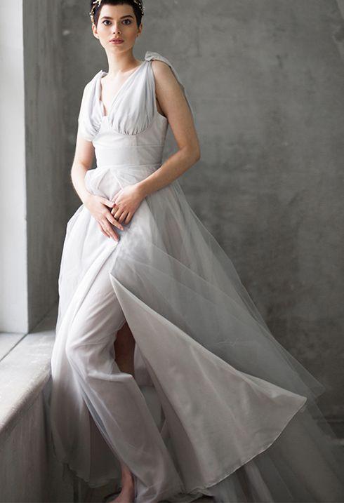 Вы хотите провести церемонию на открытом воздухе?! Для Вас потрясающие свадебные платья для outdoor wedding из натуральных тканей от модного известного Российского дизайнера Виктории Спириной. http://victoriaspirina.com/ Доставка по всему миру. Более 150 моделей платьев. пляжные свадебные платья, бохо свадебные платья, свадебные платья с низкой спиной альтернативные свадебные платья,необычные свадебные платья, голубые свадебные платья,уникальные вечерние платья