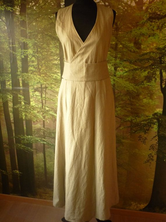 Green linen pagan Avalon gown with waist band / door AvalondesignsNL