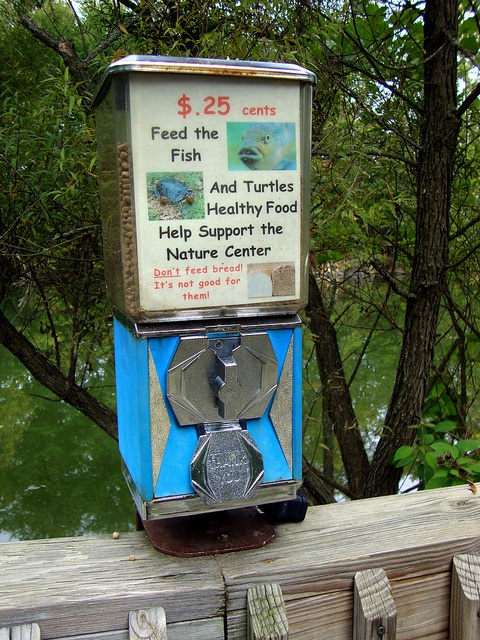 82 best vintage vending machines images on pinterest for Fish food dispenser
