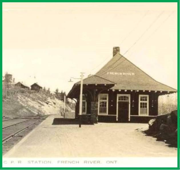FRENCH RIVER, Ontario - Canadian Pacific train station - 1920s - old pc