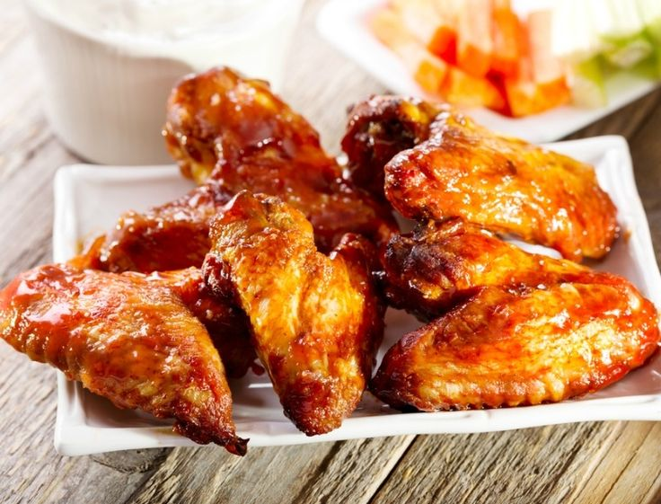 Φτερούγες κοτόπουλου με γλυκόξινη σάλτσα