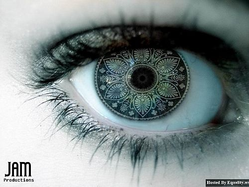 ArtFul Eyes. if anyone knows where to get something like this. let me know!