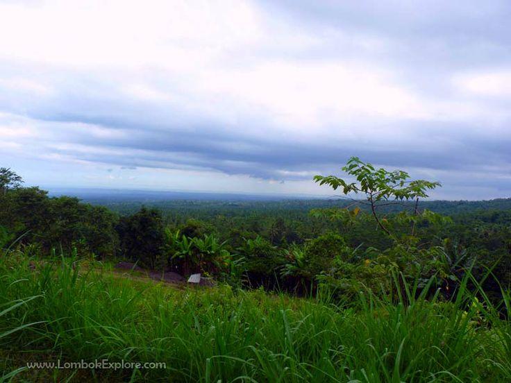 Desa Timbanuh (Timbanuh village), East Lombok, Indonesia. For more information, please visit www.LombokExplore.com.