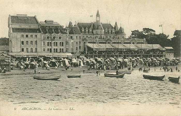 Plage, Casino et Château Deganne
