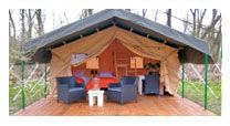 Biesbosch Glamping - 74 EUR per tent per nacht (voor 3 personen; +20 EUR voor nog 1 bed erbij; of beter: 2 babybedjes erbij, is toegelaten!) - 59 EUR voor tent voor 2 personen per nacht (oma en opa) => voor zaterdagnacht boeken?!