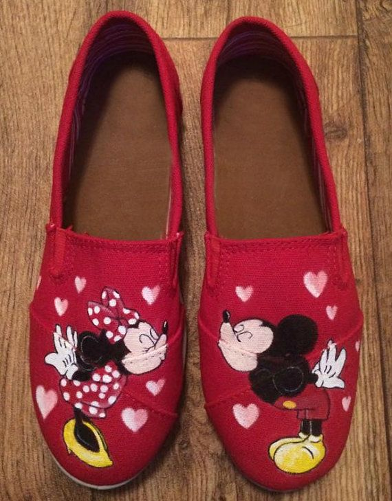 And Kissing Mouse Painted Mickey Ideas Custom Minnie Hand Shoes twXxWpq