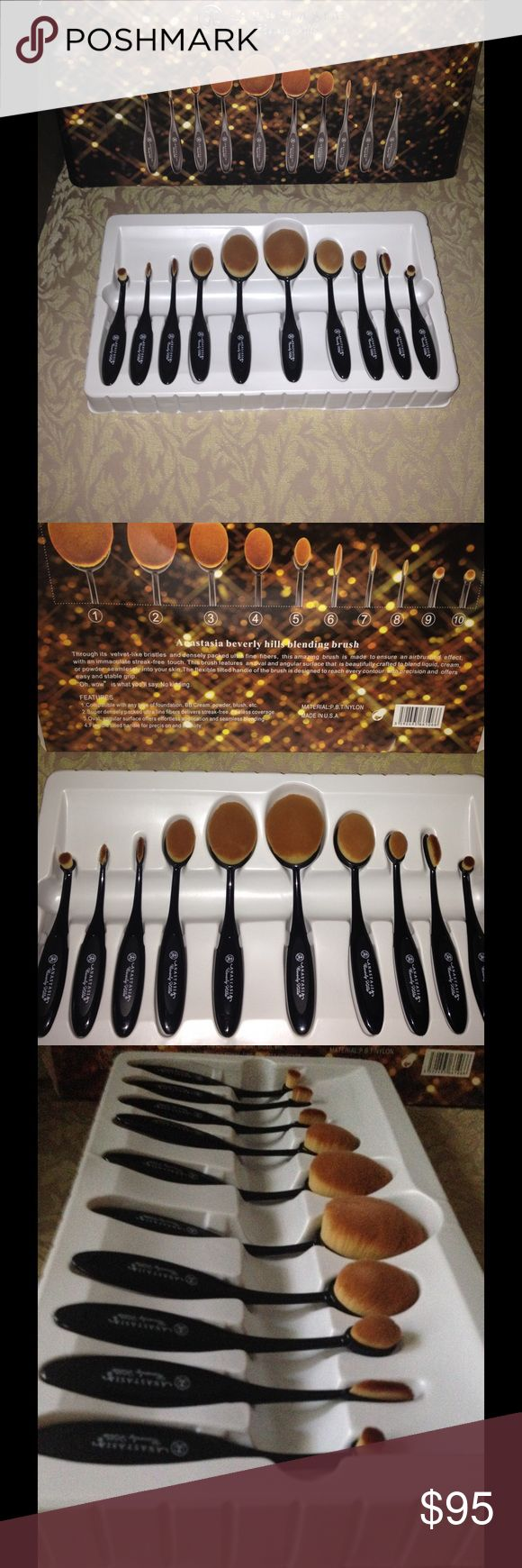 Anastasia Beverly Hills 10 piece Oval Brush Set Anastasia Beverly Hills 10 piece Oval brush Set. New in box . Never used. Box has some dents. Perfect for all makeup blending and or applying . High quality bristles super flexible handle. No trades on this item. Thank You for looking. Anastasia Beverly Hills Makeup Brushes & Tools