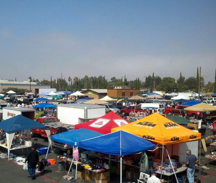 Rose Bowl Flea Market (every 2nd Sunday of the Month)