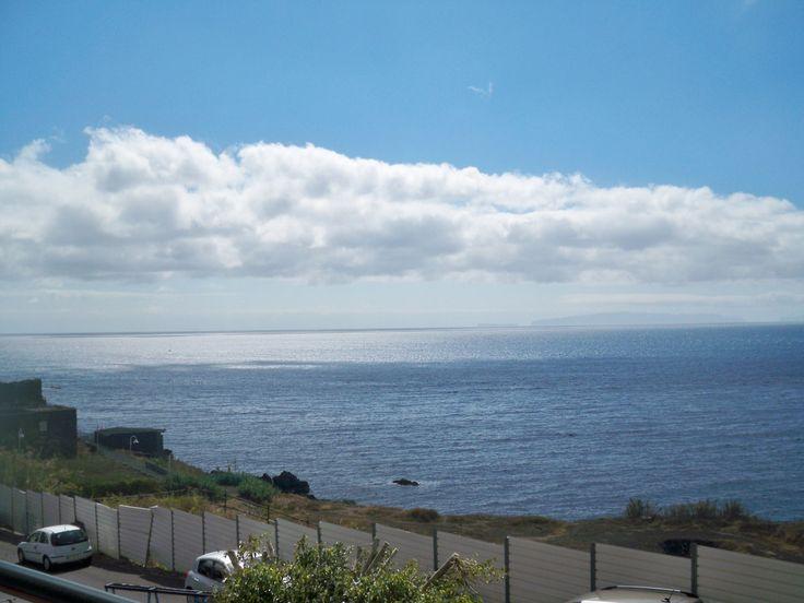 Exclusive two bedroom apartment located in Canico de Baixo, Santa Cruz. Breathtaking views!