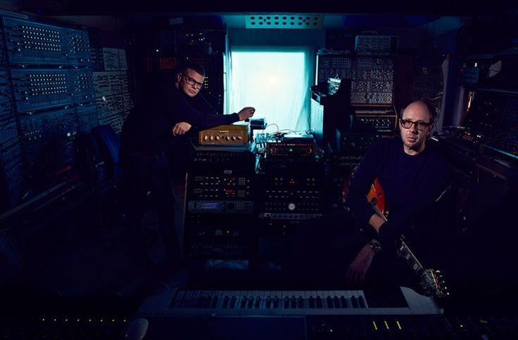 The Chemical Brothers publican el 17 de julio su nuevo disco BORN IN THE ECHOES | Noticias | UMO MAGAZINE