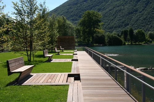 Timber boardwalk & seating inserts, Riqualificazione del lungolago di Porlezza [Stefano Santambrogio]