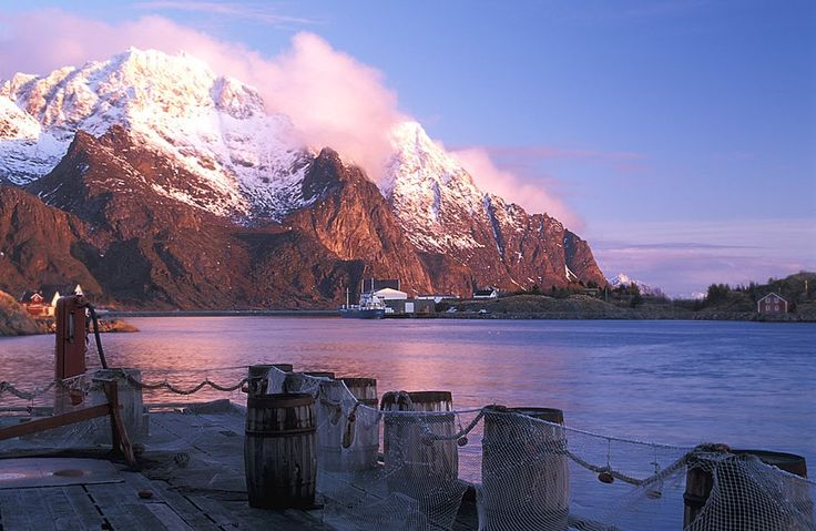 Henningsvaer Photo taken in Vågan, Norway  Panoramio - Photos of the World