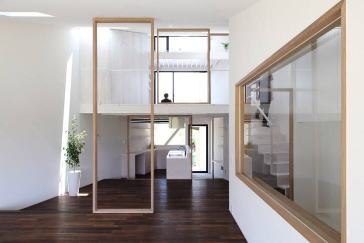 UNOU: 佐々木勝敏建築設計事務所が手掛けたオリジナル家です。