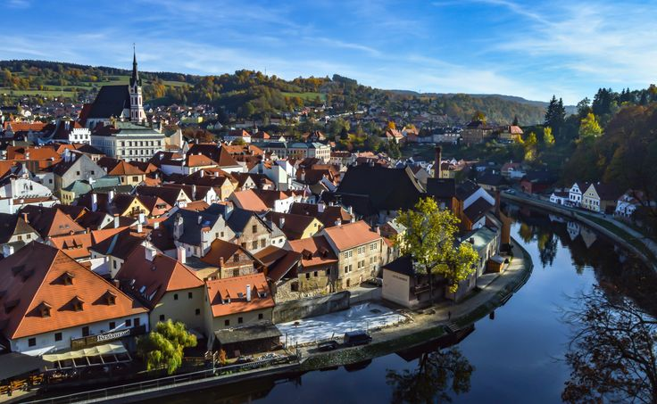 Cesky Krumlov in Autumn - Experience a fairy tale fall in Český Krumlov. One of the Czech Republic's crown jewels this historic town truly shines in...