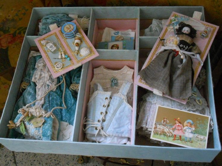 presentation box for dolls