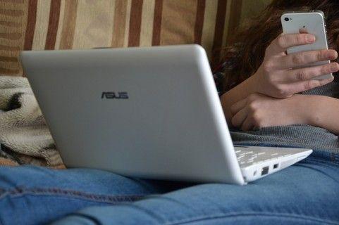 Υπερβολική χρήση υπολογιστή στους εφήβους