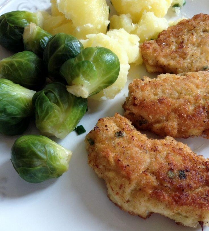 Sznycle z kurczaka z brukselką i ziemniakami
