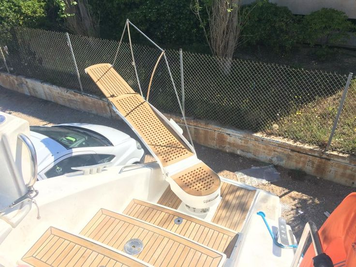 ef37239b57557bd1fd9f3b6824b6fe5b platforms ladders 43 best boat ladders images on pinterest ladders, pontoons and boats Simple Wiring Schematics at aneh.co