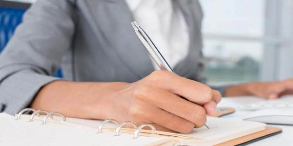 عبارات تشجيعية للطالبات على ورقة الاختبار