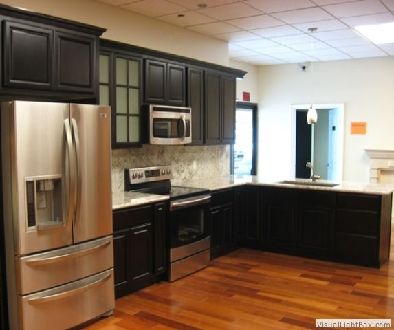 Black Cabinets With Maple Floors