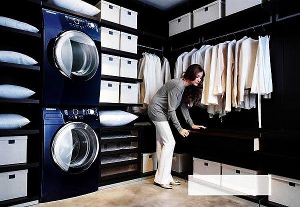 Washer/dryer in closet. Best idea ever